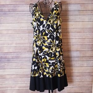 Nine West black & yellow floral size 14 dress